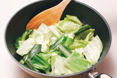 いかと野菜の蒸し焼き