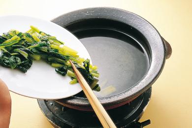 きのこと野沢菜漬けの鍋