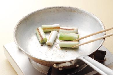 豚肉の赤味噌すき焼き