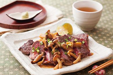 牛ステーキ 和風きのこソース