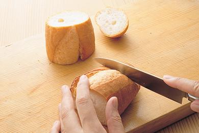 パンの器でビーフシチュー