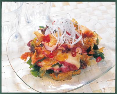 たこと海藻のサラダ
